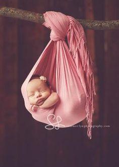 newborn pictures by kara