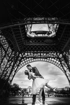 My photographer in Paris   Paris under the rain is amazing !
