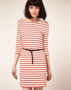 Red and white stripes. <3