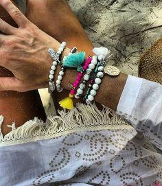Beach mix @lpm_bracelets & @cassielouisedesigns bracelets @coolchangenyc tunic