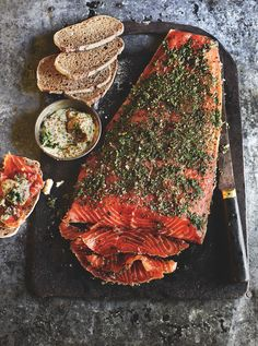 Gin and juniper cured salmon - Scandi gin and juniper cured salmon recipe. Scandinavians are experts at curing and preserving fish - Gin Recipes, Seafood Recipes, Cooking Recipes, Healthy Recipes, Sushi Recipes, Healthy Food, Dinner Recipes, Cured Salmon Recipe, Salmon Recipes