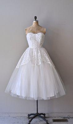 Raffica Bianco wedding dress / white lace 1950s by DearGolden