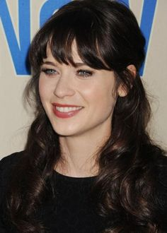 New Girl star Zooey Deschanel looks gorgeous with her half-up, half-down hairdo. Her choppy bangs shorten her long face and draw attention to her stunning blue eyes. A half-up, half-down hairstyle blends the best of both worlds – a classy up'do and flowing, loose hair.