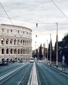 S U N D A Y V I B E S // #rome #romanity #whatitalyis #colosseum  add me on snapchat: davidpinto83  ___ #Roma #instaitalia #huntgramitaly #huntgramitaly #italy #igersroma #igersitalia #livefolk #liveauthentic #instagood #italia #disconnectedus #ig_world #ig_worldclub #disconnectedus #ig_italy #italia365 #socality #allshot_ #exploremore #canoneosm3