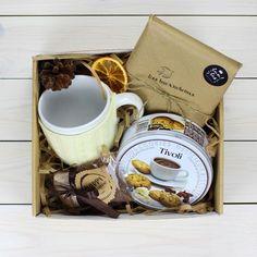 Книга с ароматным какао и печеньем - вот что действительно нужно близкому человеку ...