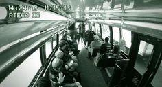 Concert surprise de Macklemore dans un bus ! > http://sansdeconner.net/concert-surprise-de-macklemore-dans-un-bus/