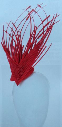 Millinery inspiration heart shape #millinery #judithm #hats Not sure of the maker. If you know who made it please post. Thank you.