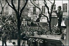 A 25 de Abril de 1974 verifica-se o derrube da ditadura mais velha da Europa – o regime de Salazar e de Caetano - graças à acção militar coordenada do Movimento das Forças Armadas – MFA, cuja origem remonta ao clima de instabilidade no interior das próprias forças armadas, particularmente do Exército, instabilidade essa que se manifestou em meados de 1973, com o surgimento do denominado Movimento dos Capitães, o qual aglutinava oficiais de média patente, insatisfeitos com as suas…