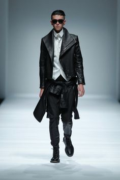 Men in black color inspiration Follow...   MenStyle1- Men's Style Blog