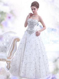 Landybridal 2013 New Style A Line Strapless Brush Train Tulle Ivory Wedding Dress