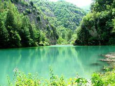 So much beauty all over Italy: Lago Vigi, Umbria, Italy