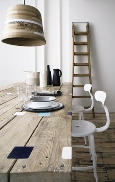 storey-folklore-dining-table-chairs