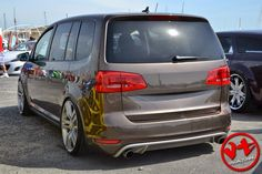 VW Touran Volkswagen Touran, Vw Bus, Seat Alhambra, Vw Sharan, Car Tuning, Motor Car, Cars And Motorcycles, Automobile, Vehicles