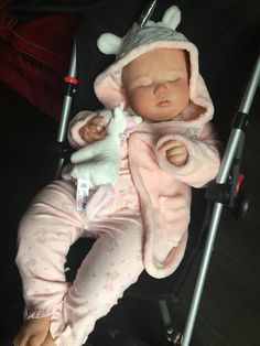 READY 2 SHIP NOW! 7 Month June Asleep by Realborn Toddler reborn baby fake life liked doll silicone feel vinyl by LifelikeRebornDolls on Etsy Reborn Dolls, Reborn Babies, Fake Life, Fake Baby, 7 Month Olds, 7 Months, Hair Painting, Baby Size, Beautiful Babies