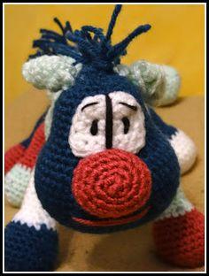 """Heute nun die kostenlose Häkelanleitung von Raupe """"Ruby"""".  Ich habe wieder die Wolle """"Bravo"""" von Schachenmayer verwendet und mit einer Hä..."""