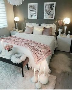Luxury bedroom decor with chunky blankets