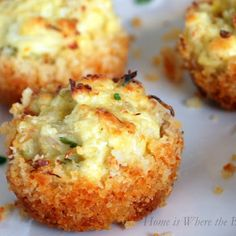 Parmesan-Crusted Crab Cake Bites and A Winner! Parmesan-Crusted Crab Cake Bites with Chive Aioli Tapas, Appetizers For Party, Appetizer Recipes, Seafood Appetizers, Appetizer Ideas, Crab Appetizer, Make Ahead Appetizers, Dinner Recipes, Little Lunch