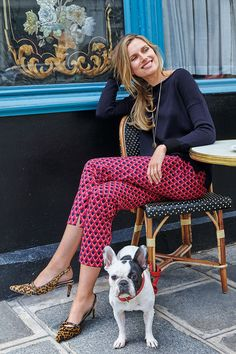 World: meet ankles. Legs: meet a seriously improved fit. These stylish ankle-skimmer trousers are a smart alternative to jeans, perfect for teaming with a button-down chambray shirt during the week or a longline tunic come the weekend. Made from a cotton-elastane blend, they've got just the right amount of stretch for all-day comfort.