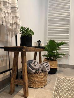 Toilet Room Decor, Minimalist Home Decor, Indian Home Decor, Bathroom Organisation, Bathroom Styling, Bathroom Interior, Home Interior Design, Room Inspiration, Decoration