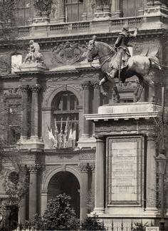« Vue perspective de la réunion du Louvre et des Tuileries » d'après les plans de L.Visconti