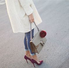 maxi cardigan, skinny ankle pants, with suede red wine heels Love Fashion, Runway Fashion, Autumn Fashion, Vintage Fashion, Womens Fashion, Jessie Chanes, Fall Outfits, Fashion Outfits, Fashion Heels