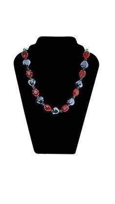 Außergewöhnliches Quarz Collier mit Herz Länge 61 cm Handgefertigtes Einzelstück #JOY #Einzelstücke #Quarz #Collier #quarzcollier #handgefertigt #schmuck #quarzschmuck #herz #heart #quartz #Necklace #quartznecklace #pink #fire #crystal #handmade #handmadejewelry #quartzjewelry #jewelry #jewellery #bijoux #unikat #unique #extravagant #Collanaalquarzo #Geschenk #Geschenkidee #gift #Valentinstag #Muttertag #Geburtstag #Hochzeitstag #syle #love #Lifestyle #fashion #schmuckliebe #reduziert… Green Quartz, Pendants, Necklaces, Pendant Necklace, Gift Ideas, Gifts, Black, Jewelry, Jewelry Gifts