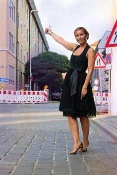 www.7dresses.net
