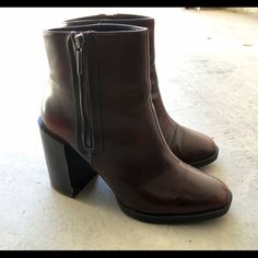Zara ankle boots Zara ankle boots in good condition. They are dark red, shiny almost patent leather. Super comfortable and goes with everything. These are size 40 in Zara and I wear size 9. Zara Shoes Ankle Boots & Booties
