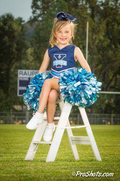 Web_ProShots_170817_4J_9836 Youth Cheerleading, Cheerleading Pictures, Football Cheerleaders, Cheer Pictures, Softball Photography, Photography Senior Pictures, Senior Pics, Cheer Picture Poses, Cheer Poses