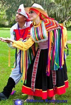 Pacasito, departamento de Piura,  danza de la fiesta religiosa del señor de Ayabaca. TRAJES TIPICOS DEL PERU Traditional Peruvian Dresses: Pacasito (Piura)