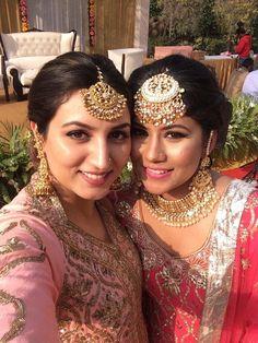 Gold For Jewelry Making Product Tikka Jewelry, Indian Jewelry, Bridal Jewelry, Gold Jewellery, Punjabi Bride, Punjabi Wedding, Punjabi Traditional Jewellery, Mang Tikka, Punjabi Fashion