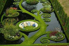 This is pretty cool looking: Dream Garden. Gold medal garden at the Ellerslie Flower Show by Ben Hoyle, Blue Gecko ~ french grassed parterre floating over still black waters - New Zealand Dream Garden, Garden Art, Garden Nook, Corner Garden, Garden Whimsy, Garden Cottage, Garden Spaces, Cottage Chic, Amazing Gardens