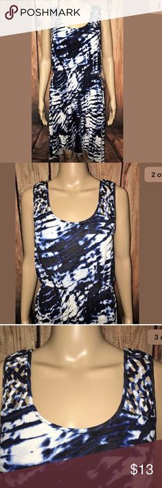 """•Cynthia Rowley• Blue Tie Dye Boho Summer Dress In good condition. Adorable boho tie dye festival hippie chick style dress. Great for the beach or for a night out on the town with heels! Perfect amount of stretch.  Overall generalized pilling due to washing/wear One small hole under left armpit area (please view photo included with flash) Woven crisscross straps Made in Vietnam 96% Rayon, 4% Spandex  Measurements Bust: 31"""" Waist: 25"""" Hips: 26"""" Full Dress Length (Front): 36"""" Full Dress…"""