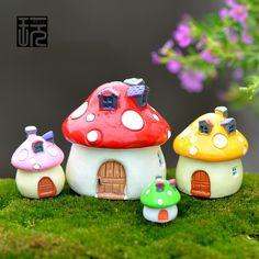 Mushroom house! Mini garden decoration