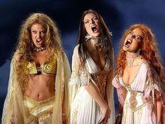 Vampire Bride, Vampire Girls, Hot Vampires, Vampires And Werewolves, Horror Sexy, Female Monster, Vampire Dracula, The Frankenstein, Female Vampire