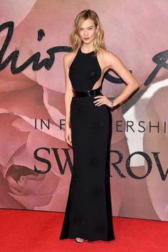 Model Karlie Kloss attends The Fashion Awards 2016 on December 5, 2016 in London, United Kingdom.