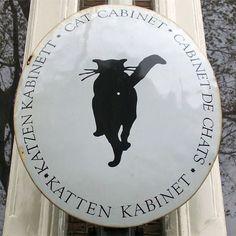 В общем, если будете проездом в Амстердаме, обязательно прогуляйтесь по Херенграхту и загляните в Музей Котов.