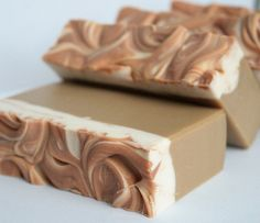 Caramel Vanilla Coffee Soap I bet this smells heavenly!! - not a tutorial but something I want to try.