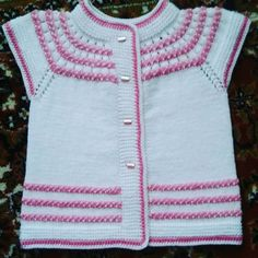 Knitting Loom Socks, Baby Cardigan Knitting Pattern, Easy Knitting, Baby Knitting Patterns, Diy Crochet Scarf, Knit Sweater Outfit, Diy Crafts Knitting, Knit Baby Dress, Knit Baby Sweaters