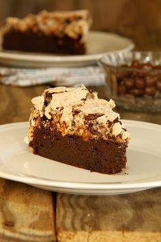 """עוגת שוקולד ומרנג לוז- חן שוקרון """"מתוקים שלי"""" עוגה מהממת!!! מומלץ :)"""