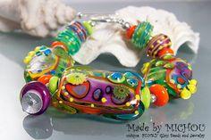 Funky Venus Flytrap Art Glass Lampwork by MichouJewelry on Etsy