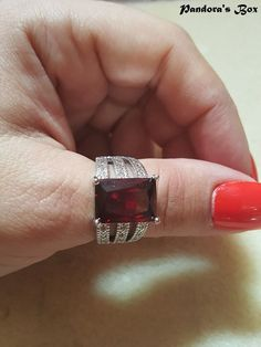 Deep Red Garnet CZ Crystal Ring Red Cubic Zirconia Rings Birthstone Ring Women Solitaire Ring