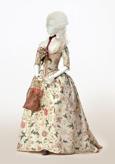 """omgthatdress: """" Robe à l'Anglaise 1785 The Kyoto Costume Institute """"The entire dress is hand-painted with motifs of flowers, butterflies, and birds. During this period in which Chinoiserie was so. 18th Century Dress, 18th Century Costume, 18th Century Clothing, 18th Century Fashion, 16th Century, Vintage Outfits, Vintage Dresses, Vintage Fashion, Historical Costume"""