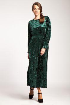 #catifea  #velvet #rochieeleganta #rochiecatifea #rochie #verde #catifeaverde #rochieverde High Neck Dress, Dresses With Sleeves, Long Sleeve, Clothing, Fashion, Turtleneck Dress, Outfit, Moda, Full Sleeves