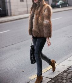 Casual fur + Dicker boots