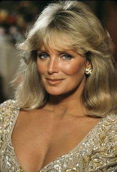 Linda Evans, Hollywood Glamour, Hollywood Stars, Dynasty Tv Show, Der Denver Clan, Most Beautiful Eyes, Gentlemen Prefer Blondes, Star Wars, Actrices Hollywood