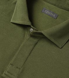 ZZEGNA: Polo Manches Longues Piqué Col polo 3 boutons Vert militaire 37731673MW Polo Shirt Outfits, T Shirt Polo, Mens Polo T Shirts, Polo Tees, Polo Outfit, Men's Polo, Mens Tees, Polo Shirt Style, Polo Shirt Design