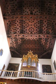 granada: artesonado iglesia de sata. ana