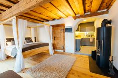 Vacation Rentals, Homes, Experiences & Places - Airbnb Boutique Hotels, Hallstatt, Four Poster Bed, Private Room, Historical Architecture, Bunk Beds, Austria, Contemporary Design, Places
