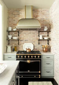 6 Astounding Cool Ideas: White Kitchen Remodel Farmhouse Sinks kitchen remodel must haves tile.Colonial Kitchen Remodel Small kitchen remodel checklist home.Cheap Kitchen Remodel Home Improvements. Kitchen Interior, New Kitchen, Kitchen Decor, Kitchen Ideas, Kitchen Designs, Kitchen Small, Kitchen Stove, Kitchen Nook, Brick Wall Kitchen